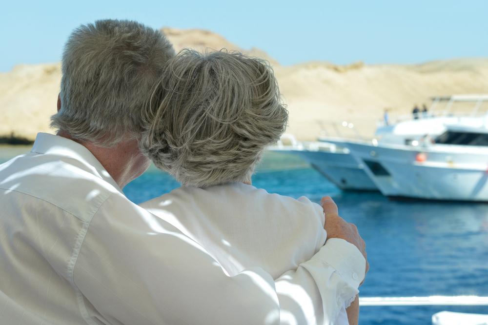 Couple Boating Bug Free