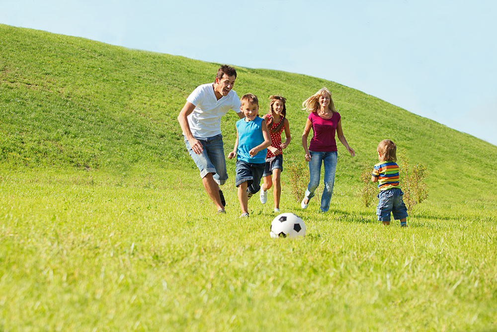 Family-Playing-Soccer